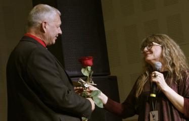 Teresės Mikeliūnaitės kultūros premijos laureato Žilvino Prano Smalsko pagerbimo vakaras - Žilvinas Pranas Smalskas ir Jolanta Pupkienė
