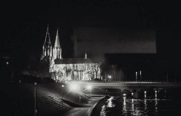 """Alternatyvios muzikos naktis """"Pirma banga"""" - Anykščių naktinė panorama"""
