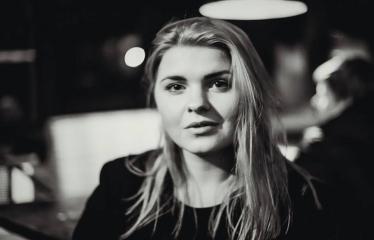 """Alternatyvios muzikos naktis """"Pirma banga"""" - Merginos portretas"""
