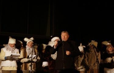 Kalėdinės eglutės įžiebimas - Anykščių miesto meras Kęstutis Tubis