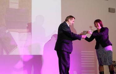 Bibliotekos 80-ojo gimtadienio šventė - Literatūrinės Antano Baranausko premijos įteikimo iškilmės - Antanas Verbickas ir Inga Liepaitė