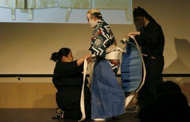Japoniškų šokių, tradicinio teatro grimo ir kimono pristatymas - Takamasa Fudžima su savo padėjėjais