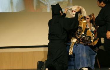 Japoniškų šokių, tradicinio teatro grimo ir kimono pristatymas - Takakage Fudžima su savo padėjėjais