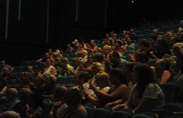 """Šiaurės Europos šalių mėgėjų teatro aljanso (NEATA) festivalis """"Baltijos skrydis"""" - Spektaklis """"Tarnaitės"""" - Publika"""