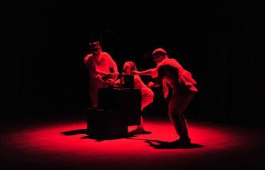 """Šiaurės Europos šalių mėgėjų teatro aljanso (NEATA) festivalis """"Baltijos skrydis"""" - Spektaklis """"Juodoji dėžė"""" - Akimirka"""