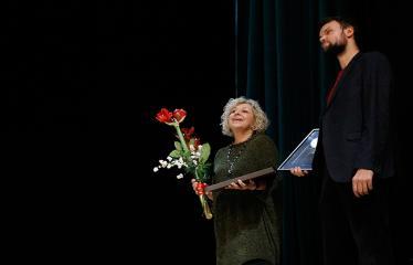 """Nacionalinės dramaturgijos festivalis """"Pakeleivingi"""" (2018) - Alytaus miesto teatras """"(Ne) vaikų žaidimai"""" - Diana Petrokaitė ir Julius Jakubėnas"""