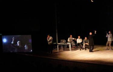 """Nacionalinės dramaturgijos festivalis """"Pakeleivingi"""" (2018) - Juozo Miltinio dramos teatras """"Rūkas virš slėnių"""" - Vaidinimas"""