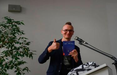Susitikimas su vaikų rašytoju Tomu Dirgėla - Rašytojas Tomas Dirgėla