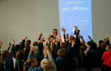 Susitikimas su vaikų rašytoju Tomu Dirgėla - Rankų miškas