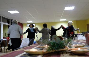 """Naujųjų Elmininkų bendruomenėje """"Advento popietė"""" - Apeiginiai šokiai"""