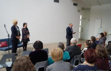 Susitikimas su žurnaliste Rūta Janutiene ir knygos pristatymas - Anykščių bibliotekos direktorius Romas Kutka