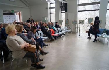 Susitikimas su žurnaliste Rūta Janutiene ir knygos pristatymas - Vakaro akimirka