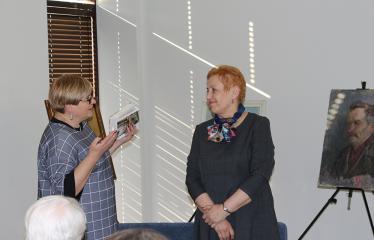 2019 04 17 - Aldonos Ruseckaitės knygos apie Salomėją Nėrį pristatymas