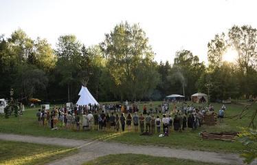 """Anykščių Miško festivalis (2019) / """"Niekas nenori išnykti"""" / Saulėgrįža - Šventės akimirka"""