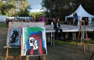 """Festivalis """"Devilstone"""" (2019) - Trečioji diena - Festivalio lankytojų kūryba"""