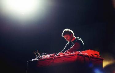 "Elektroninės muzikos festivalis ""The Machine Started To Flow Into A Vein (Vol. 5)"" - Skeldos"