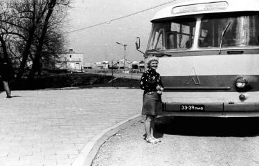 """Fotokonkursas """"Anykščiai ir apylinkės"""" (1973) - Autobusas"""