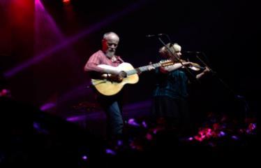 """Festivalis """"Purpurinis vakaras"""" (2016) - Didysis festivalio pabaigos koncertas - Denis McLaughlin ir Pia Nygaard"""