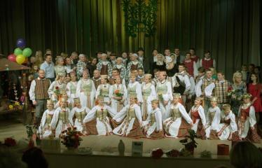 """Šventinis koncertas """"Ošimas…"""" - Liaudiškų šokių kolektyvas """"GOJUS"""""""