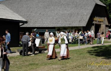 """35-oji Respublikinė tradicinės kultūros ir žirgų sporto šventė """"Bėk bėk, žirgeli!"""" (2014) - Renginio akimirka"""