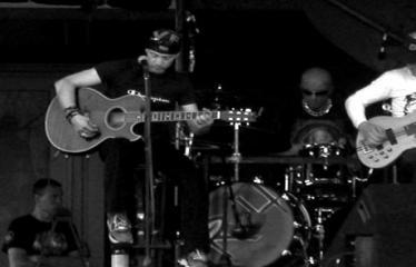 """Valstybės (Lietuvos karaliaus Mindaugo karūnavimo) diena (2012) - Alternatyviosios muzikos koncertas """"Brėkšta"""" - Rebelheart"""