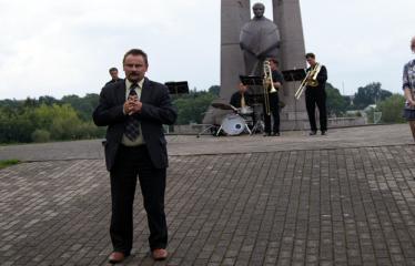 """Festivalis """"Purpurinis vakaras"""" (2012) - Didysis festivalio koncertas - Sigutis Obelevičius"""
