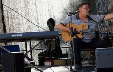 """Festivalis """"Purpurinis vakaras"""" (2012) - Didysis festivalio koncertas - Kostas Smoriginas"""