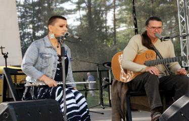 """Festivalis """"Purpurinis vakaras"""" (2012) - Didysis festivalio koncertas - Olegas Ditkovskis ir Neda"""