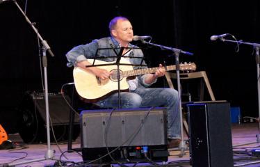 """Festivalis """"Purpurinis vakaras"""" (2012) - Didysis festivalio koncertas - Vytautas V. Landsbergis"""