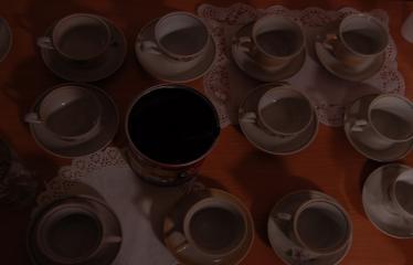 """Kreivo kino ir dekadanso savaitgalis """"TWINPEAX"""" (2006) - Pirmoji diena - Juoda kava"""